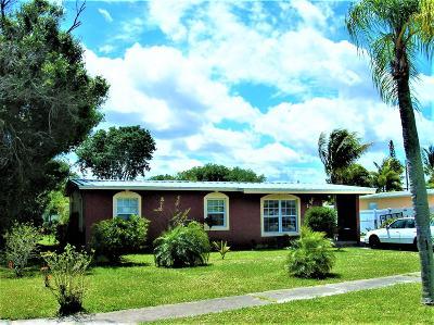 Fort Pierce Single Family Home For Sale: 130 SE SErenata Court