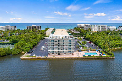 Palm Beach Condo For Sale: 2560 S Ocean Boulevard #202