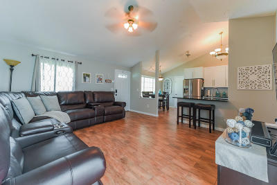 Boynton Beach Single Family Home Contingent: 9018 Chrysanthemum Drive