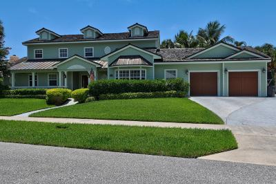 North Palm Beach Single Family Home For Sale: 142 Bowsprit Drive