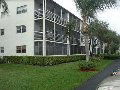 Boca Raton Condo For Sale: 233 Suffolk F #233-F