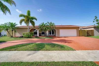 Sunrise Single Family Home For Sale: 9660 NW 20th Place