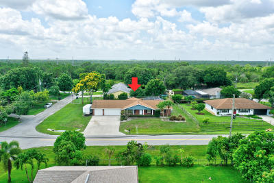 Fort Pierce Single Family Home Contingent: 2103 E Easy Street
