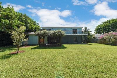 Jupiter Single Family Home For Sale: 19946 Riverside Drive