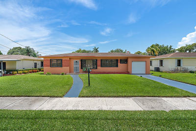 Miami Single Family Home For Sale: 1030 NW 151st Street