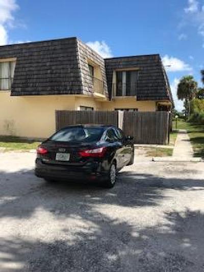 West Palm Beach Townhouse For Sale: 1723 Congress Avenue #21d
