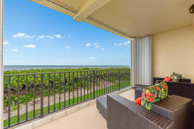 St Lucie County Condo For Sale: 7440 S Ocean Drive #223