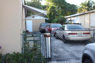 West Palm Beach Single Family Home For Sale: 3005 Clyde Road