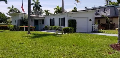 Lake Worth Single Family Home For Sale: 702 S Palmway