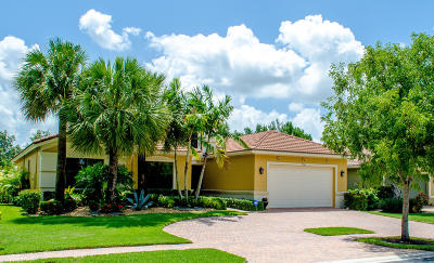 Delray Beach Single Family Home For Sale: 9368 Isles Cay Drive