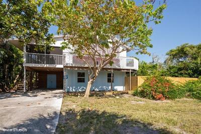Jensen Beach Single Family Home For Sale: 3896 NE Cheri Drive