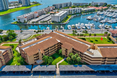 Condo For Sale: 1030 Us Highway 1 #202