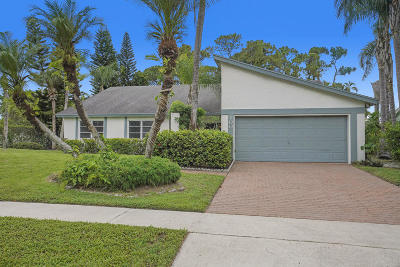 Royal Palm Beach Single Family Home For Sale: 100 Sevilla Avenue
