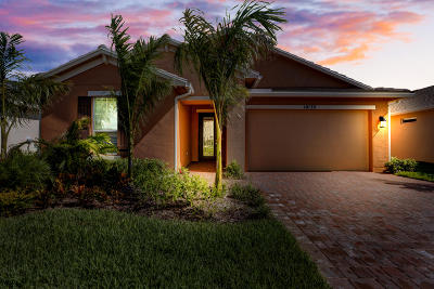 Tradition Single Family Home For Sale: 10135 SW Coral Tree Circle