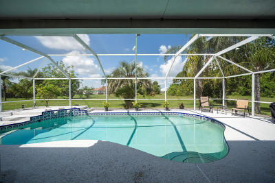 St Lucie County Single Family Home Contingent: 601 SW Quick Court