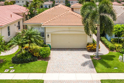 Palm Beach Gardens Single Family Home For Sale: 208 Isle Verde Way