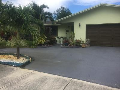 Fort Lauderdale Single Family Home For Sale: 2200 NW 30th Terrace NW