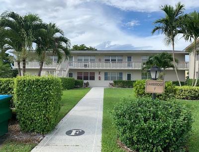 West Palm Beach Condo For Sale: 140 Cambridge F #F