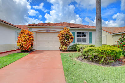 Delray Beach Single Family Home For Sale: 6080 Floral Lakes Drive