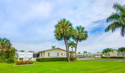 West Palm Beach Single Family Home For Sale: 2765 Emory Drive E #A
