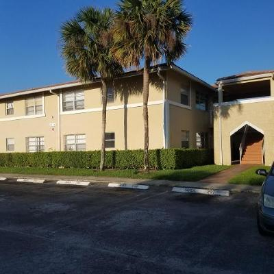 Coral Springs Rental For Rent: 839 Twin Lakes Drive #30-G
