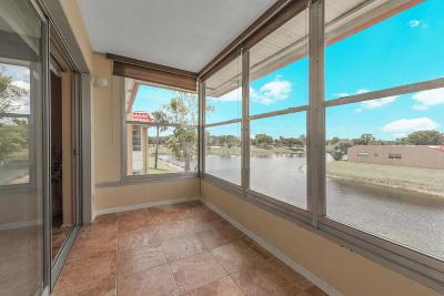 West Palm Beach Condo For Sale: 148 Lake Carol Drive