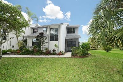 Boca Raton Townhouse For Sale: 9290 Ketay Circle