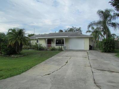 Port Saint Lucie Single Family Home For Sale: 338 NE Greenbrier Avenue