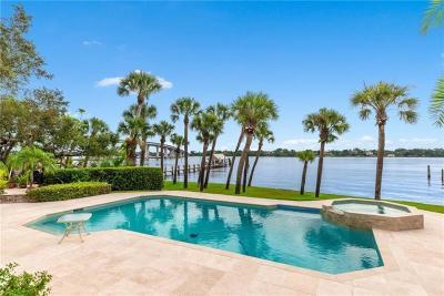 Martin County Single Family Home For Sale: 675 SE Saint Lucie Boulevard