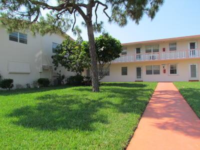 West Palm Beach Condo For Sale: 248 Norwich K