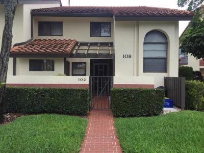 Palm Beach County Condo For Sale: 10223 Circle Lake Drive #102