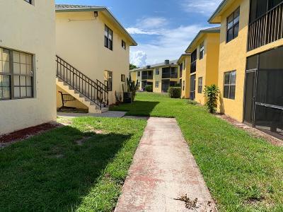 Palm Beach County Condo For Sale: 2307 Linton Ridge Circle #C-9