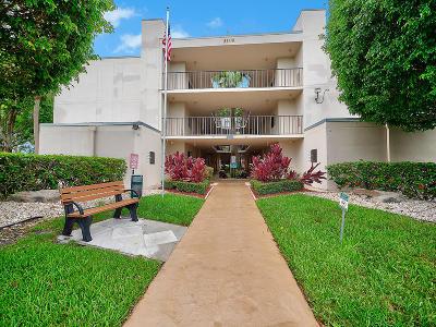 Palm Beach County Condo For Sale: 5100 Las Verdes Circle #318