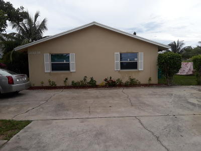 Boynton Beach Multi Family Home For Sale: 2212 SE 3rd Street