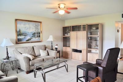 Boynton Beach Condo For Sale: 600 Horizons W #104