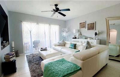Boynton Beach Condo For Sale: 502 Belmont Place #502