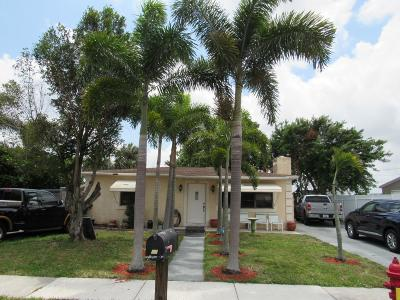 West Palm Beach Single Family Home Contingent: 708 Troy Boulevard