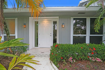 Palm Beach Gardens Single Family Home For Sale: 2836 Biarritz Drive
