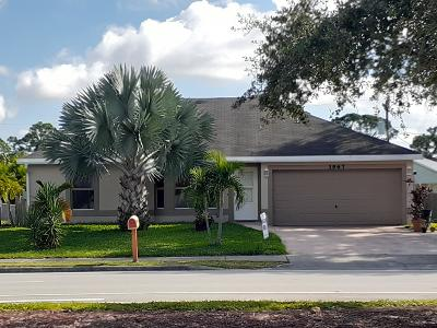Port Saint Lucie Single Family Home For Sale: 1967 SE Airoso Boulevard