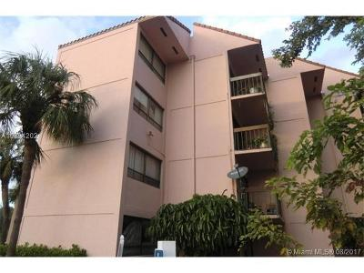 West Palm Beach Condo For Sale: 1900 Congress Avenue #H111