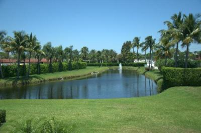 Delray Beach Condo For Sale: 28 Saxony #A