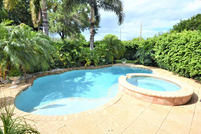 Royal Palm Beach Single Family Home For Sale: 527 Mulberry Grove Road