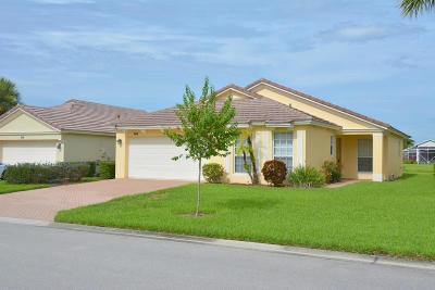 Port Saint Lucie Single Family Home For Sale: 344 SW Lake Forest Way