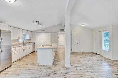 Lake Worth Single Family Home For Sale: 3796 Mackinac Road