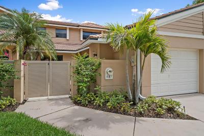 Palm Beach Gardens Townhouse For Sale: 407 Prestwick Lane