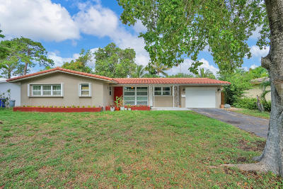 Deerfield Single Family Home For Sale: 823 SE 12th Avenue