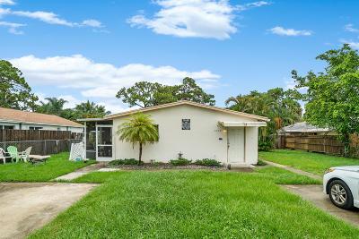 Lake Worth Multi Family Home For Sale: 4822 Dell Avenue