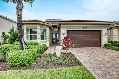 Delray Beach Single Family Home For Sale: 15428 Blue River Road