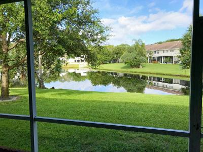 Boca Raton Townhouse For Sale: 6061 Old Court Road #206