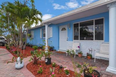 west palm Single Family Home For Sale: 2880 Dolphin Circle